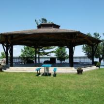 [LI] Park Pavilion
